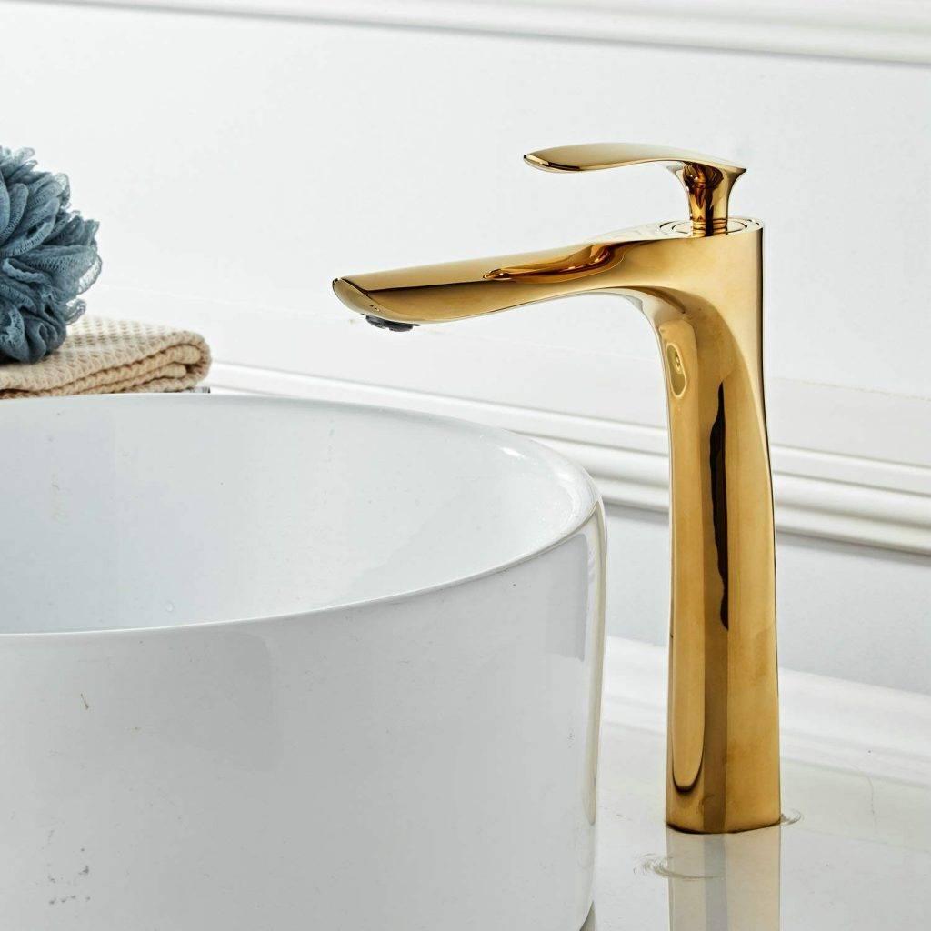 grifo dorado alto para lavabo