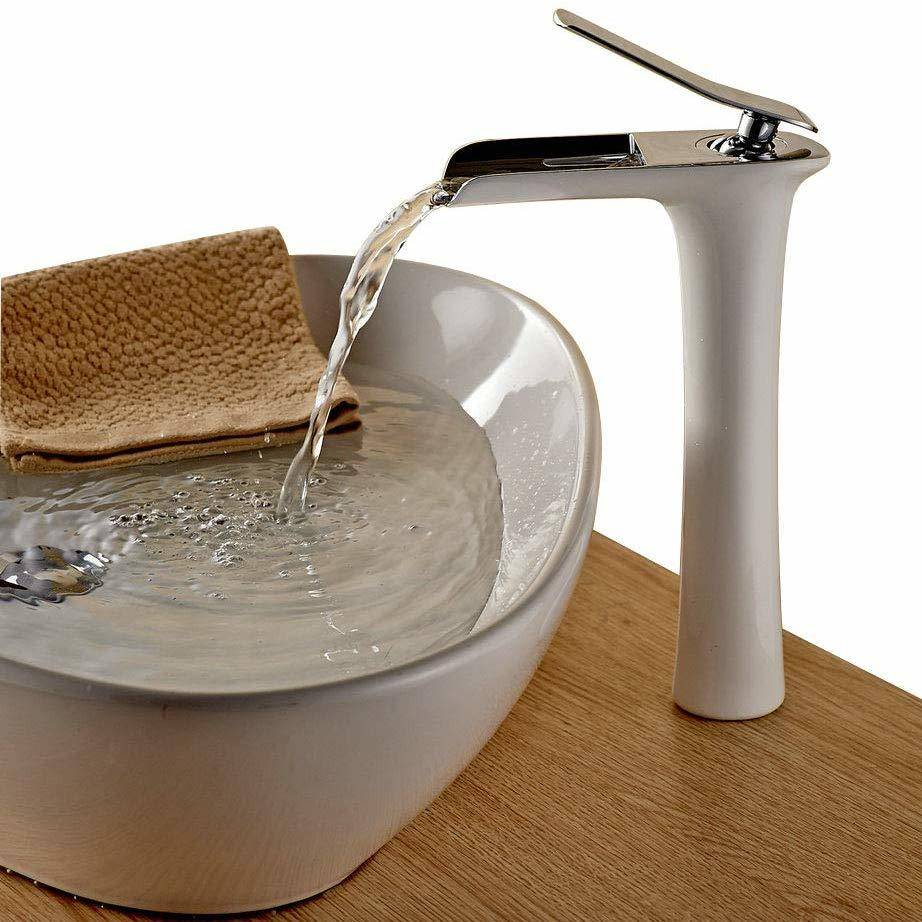 grifo moderno para el baño